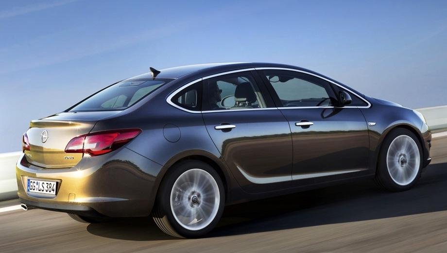 Большой тест-драйв Opel Astra Седан