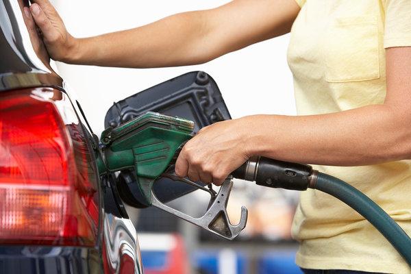 Где сколько стоит бензин: список стран европы