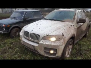 BMW X6 vs Niva