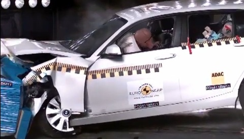 crash test bmw 1