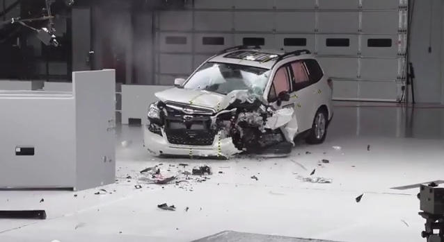 Краш-тест Subaru Forester 2014