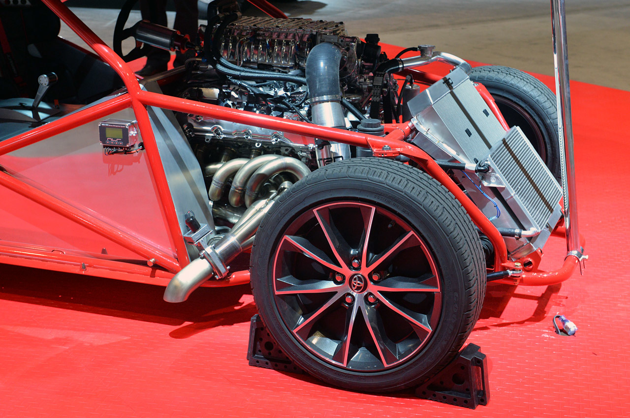 09-toyota-camry-dragster-sema-1