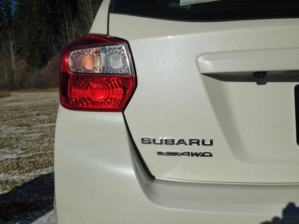 2015-Subaru-Impreza-12
