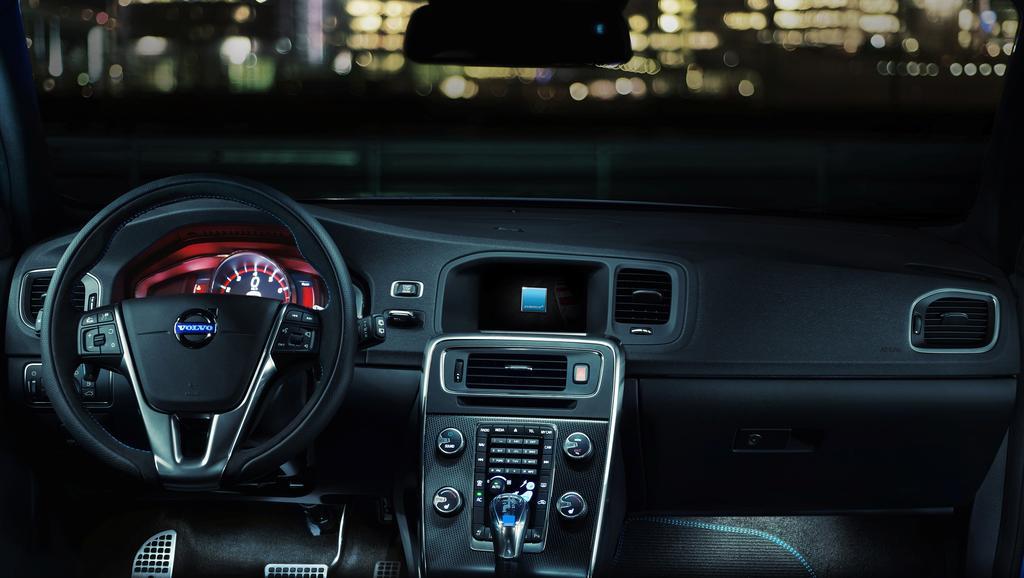 Volvo-V60-Polestar-Interior-2