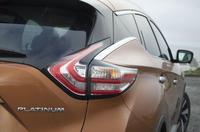 2015-Nissan-Murano-12
