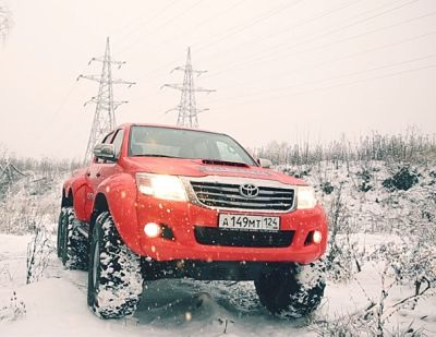 Hilux AT38 6x6-atd