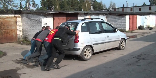 avtomobil-zavesti-tolkacha